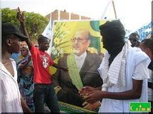 Le président Sidi Ould Cheikh Abdallahi arrive à Lemden