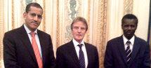 Bernard Kouchner reçoit le Représentant Spécial du Président de la République auprès des autorités françaises