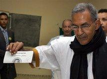 """Ould Daddah accuse la junte de comploter pour """"casser"""" son parti"""