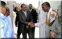 Le général Ould Abdel Aziz visite le siège de l'UPR