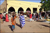 Les Mauritaniens célèbrent le Ramadan par des jeux traditionnels et des visites entre voisins