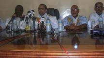 Conférence de presse de l'ancien PM Ould El Waghef : «Nous ne reconnaitrons pas le gouvernement»