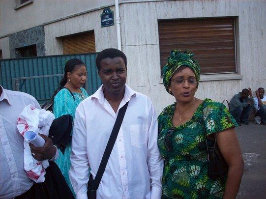 (2) Grande mobilisation à Paris contre le coup d'état en Mauritanie