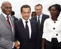 Wade et Sarkozy s'entretiendront mercredi à Paris.' parleront t' ils du putsch en Mauritanie ? '