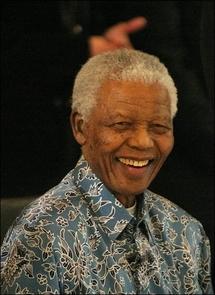 """Mandela salue l'arrivée d'un """"messager de l'espoir"""" à la Maison blanche"""