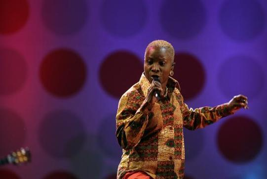 "Angélique Kidjo : ""J'ai chanté pour Obama"""