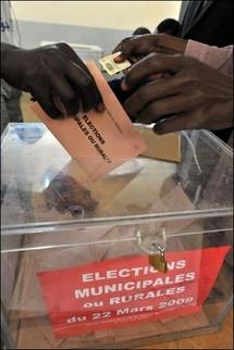 """Sénégal: l'opposition revendique """"une large victoire"""" aux élections locales"""