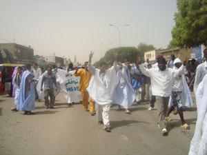 La police arrête quatre manifestants du FNDD et du RFD