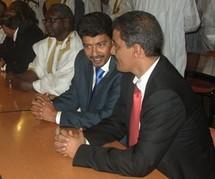 Les représentants des protagonistes de la crise politique quittent Nouakchott pour Dakar