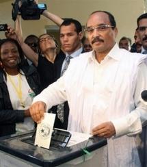 Mauritanie: cérémonie au stade pour l'investiture du général élu président