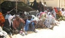 Des dizaines de mendiants manifestent devant le palais présidentiel