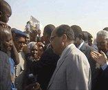 Le président de la république effectue une visite inopinée à El Hay Essaken et à un bâtiment gouvernemental