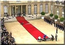 L'Elysée déroule le tapis rouge pour Aziz