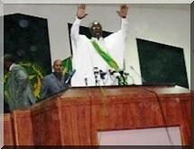 Ouverture de la 1ère session parlementaire (2009-2010) : Messaoud appelle à la consolidation des acquis et M'Baré appelle au dialogue.