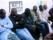 Immigration France : Besson annonce la régularisation de 1000 sans-papiers