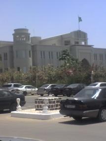 Grille du palais présidentiel : Siège de toutes les demandes sociales