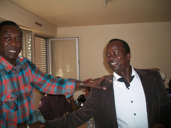 Ousmane Sarr et le chanteur Demba Ndiaye Ndillan venu encourager l'AVOMM