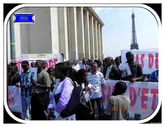 Manifestation du samedi du 23 avril 2011 en images, site officiel de l'OCVIDH.