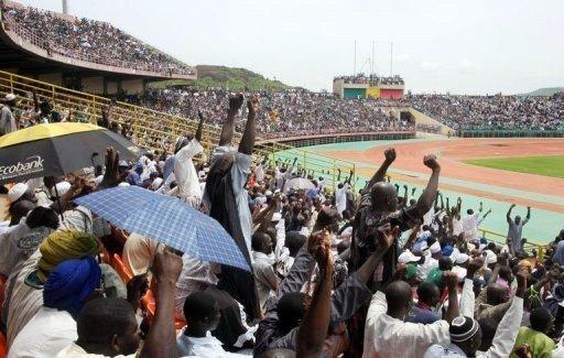 Mali: 50.000 à 60.000 personnes réunies pour la paix dans un stade à Bamako