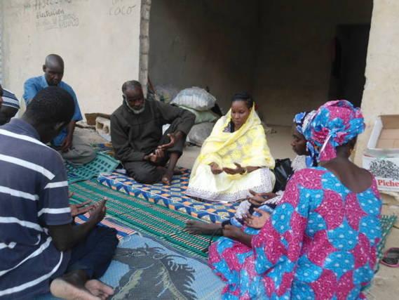 Grève de la faim des Réfugiés Mauritaniens au Sénégal : L'AVOMM apporte son soutien (c'était en 1992).