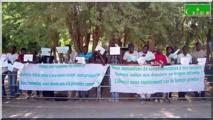 Visa : Les étudiants manifestent devant l'ambassade de France