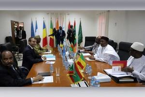 Force du G5 Sahel: un général mauritanien prend le commandement, avec un adjoint tchadien